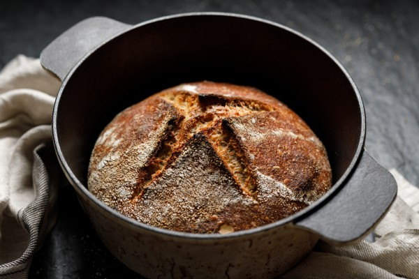 making bread in a dutch oven